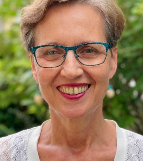 Porträt von Ulrike Arp