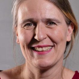 Portrait von Angela Metzler