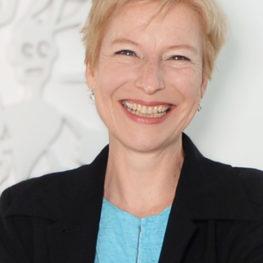 Portrait von Christine F. Steinhart
